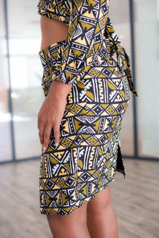 Image jupe croisée en wax dos